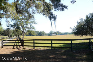 Property for sale at 8359 NE JACKSONVILLE Road, Ocala,  Florida 34479