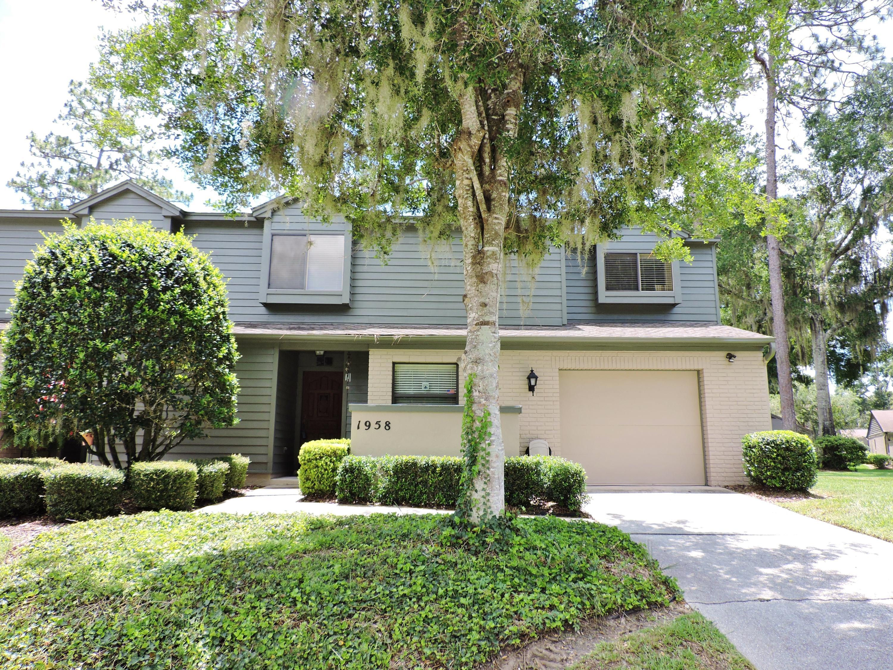 1958 SE 37 CT CIR, OCALA, FL 34471