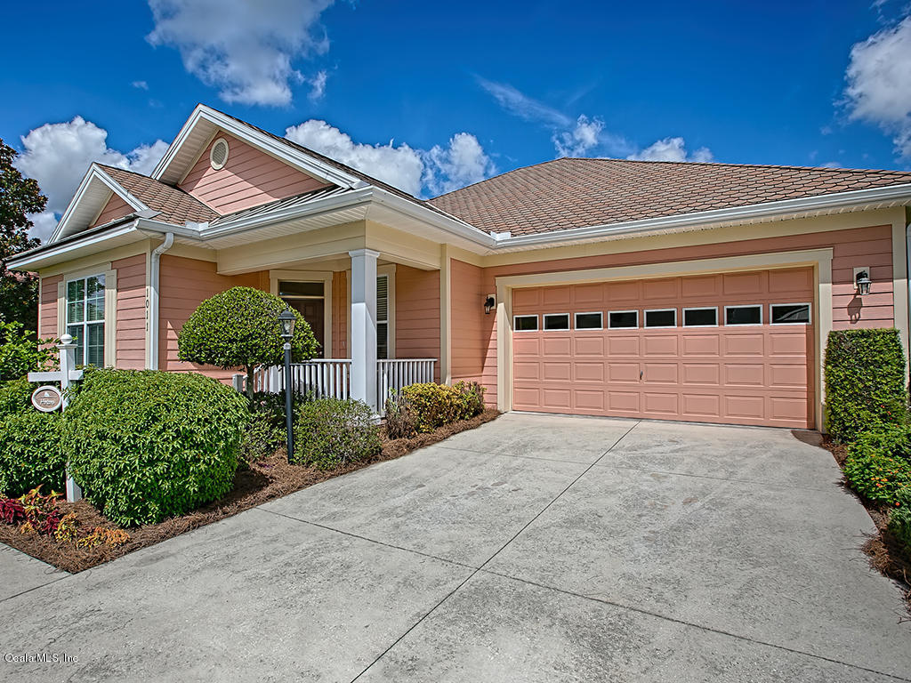 1011 COTTAGE DRIVE, THE VILLAGES, FL 32162