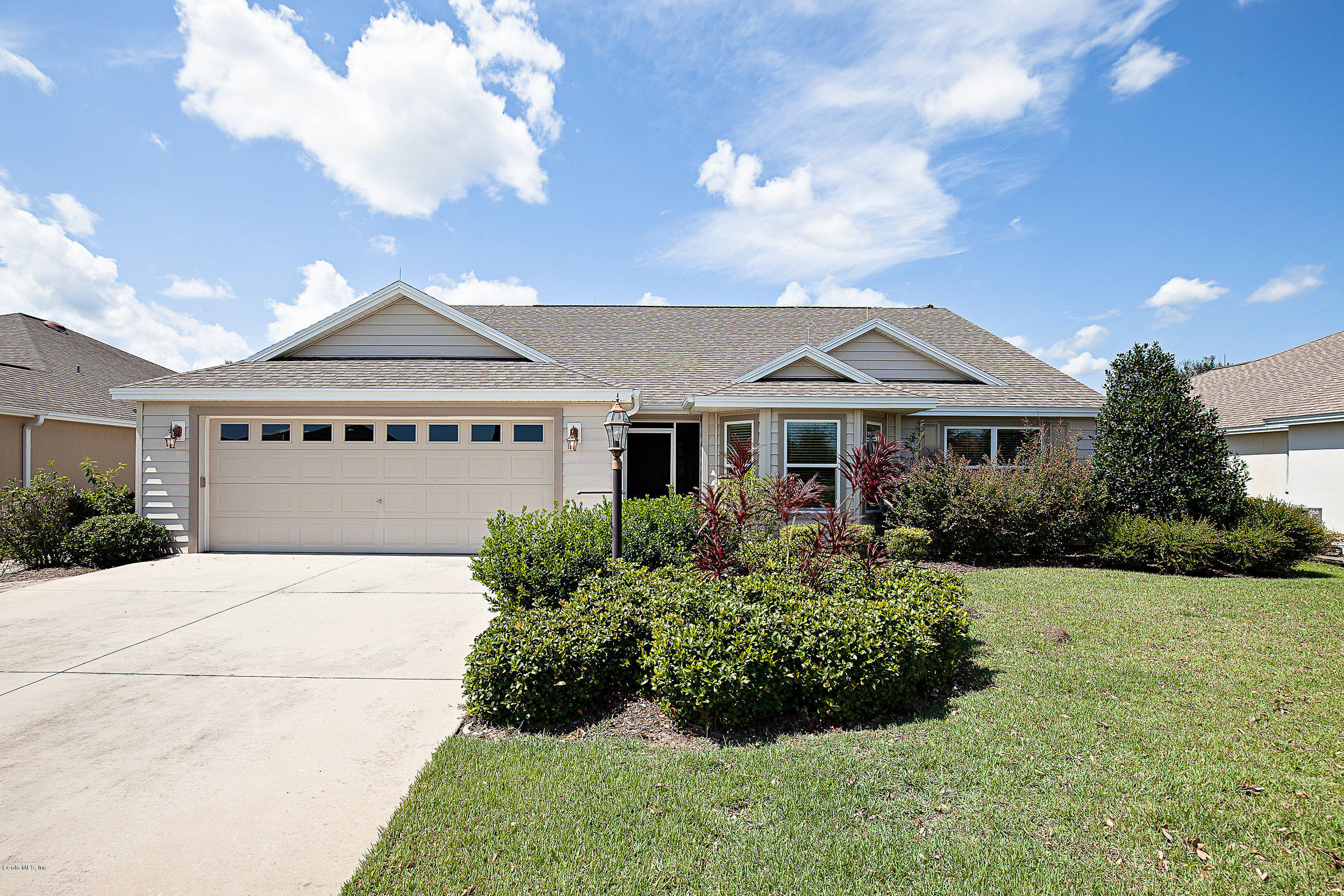 2596 MONTCLAIR LANE, THE VILLAGES, FL 32162