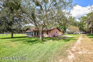 Property for sale at 662 SE 155th Street, Summerfield,  Florida 34491
