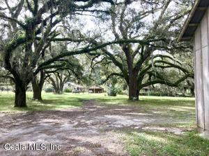 Property for sale at 18300 NE 45th Avenue Road, Citra,  Florida 32113