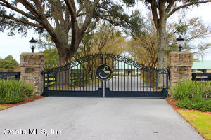 Property for sale at 6405 NW 110th Street, Reddick,  Florida 32686