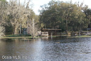 Property for sale at 855 W Hwy 318, Citra,  Florida 32113
