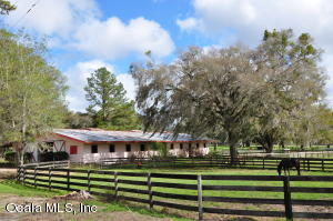Property for sale at 13704 NW Gainesville Road, Reddick,  Florida 32686