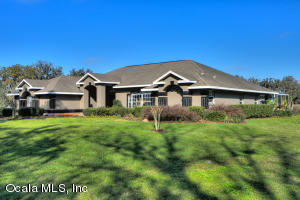Property for sale at 6175 SE Hwy 42, Summerfield,  Florida 34491