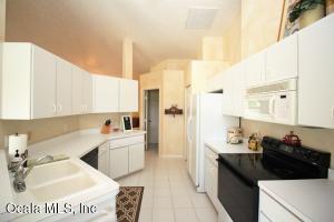 650 NE 95TH STREET, OCALA, FL 34479  Photo 12