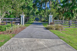 Property for sale at 1093 SW 42nd Street, Ocala,  Florida 34471