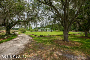 Property for sale at 16211 SE 36th Avenue, Summerfield,  Florida 34491