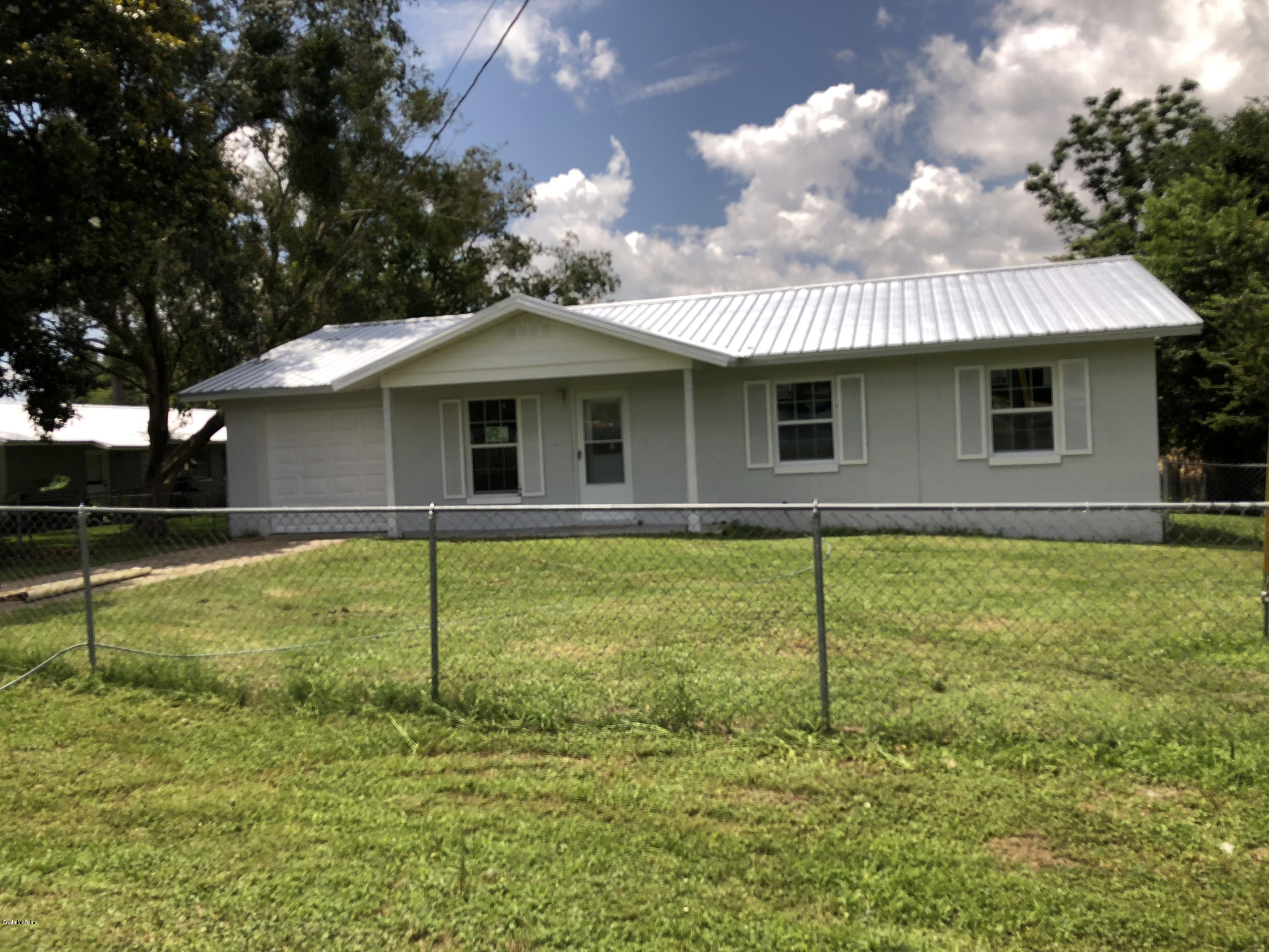 3930 SE COUNTY HIGHWAY 484, BELLEVIEW, FL 34420