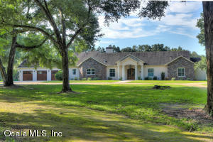 Property for sale at 8801 NW 137th Avenue, Morriston,  Florida 32668