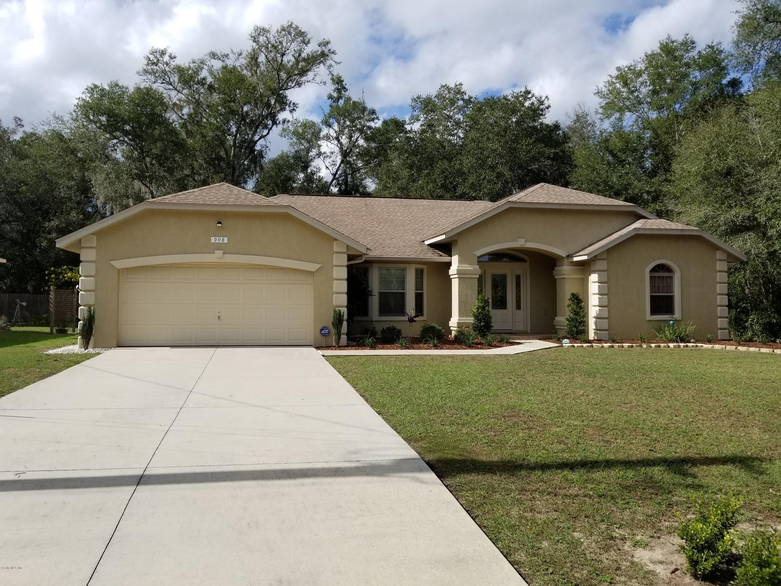 Phenomenal 998 Ne 130Th Terrace Silver Springs Fl 34488 Real Beutiful Home Inspiration Ommitmahrainfo