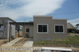 Casa En Venta En Chame, Coronado, Panama, PA RAH: 15-177