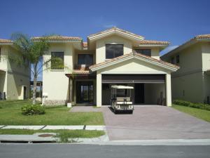 Casa En Venta En San Carlos, San Carlos, Panama, PA RAH: 15-460