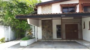 Casa En Venta En Panama, La Alameda, Panama, PA RAH: 15-822