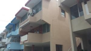Casa En Venta En Panama, Villa De Las Fuentes, Panama, PA RAH: 15-1123