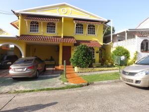 Casa En Venta En Panama, Betania, Panama, PA RAH: 15-1478