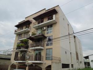 Apartamento En Venta En Panama, 12 De Octubre, Panama, PA RAH: 15-1608