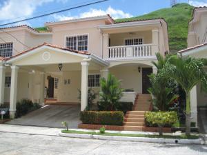 Casa En Venta En Panama, Altos De Panama, Panama, PA RAH: 15-1496