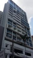 Apartamento En Venta En Panama, Obarrio, Panama, PA RAH: 15-1876