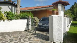 Casa En Venta En Penonome, El Coco, Panama, PA RAH: 15-1943