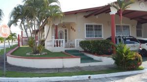 Casa En Venta En San Miguelito, Brisas Del Golf, Panama, PA RAH: 15-2415