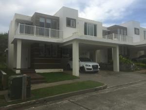 Casa En Venta En Panama, Brisas Del Golf, Panama, PA RAH: 15-3180