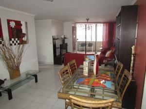 Apartamento En Venta En Panama, El Dorado, Panama, PA RAH: 15-3321