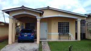 Casa En Venta En Panama, Las Cumbres, Panama, PA RAH: 15-3387