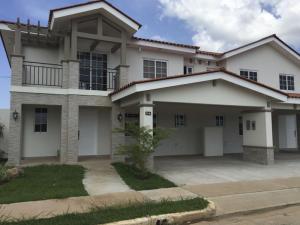 Casa En Venta En Panama, Versalles, Panama, PA RAH: 14-840