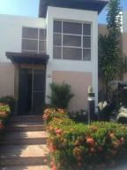 Casa En Alquiler En Rio Hato, Playa Blanca, Panama, PA RAH: 15-3585