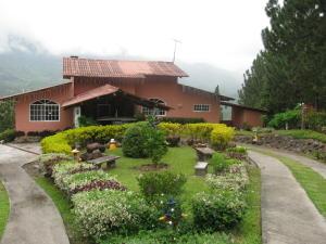 Casa En Venta En Chame, Sora, Panama, PA RAH: 16-322