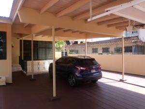 Casa En Venta En Colón, Colon, Panama, PA RAH: 16-507