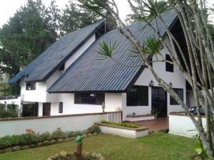 Casa En Venta En Panama, Tocumen, Panama, PA RAH: 16-842