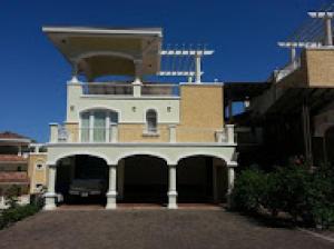 Apartamento En Venta En Panama, Cocoli, Panama, PA RAH: 16-1064