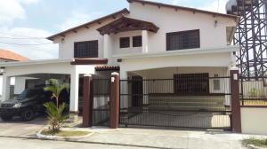 Casa En Venta En Panama, Las Cumbres, Panama, PA RAH: 16-1200