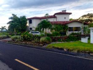 Casa En Venta En Boquete, Boquete, Panama, PA RAH: 16-1235