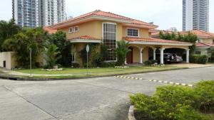 Casa En Alquiler En Panama, Costa Del Este, Panama, PA RAH: 16-1287
