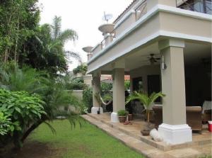 Casa En Venta En Panama, Costa Del Este, Panama, PA RAH: 16-1685