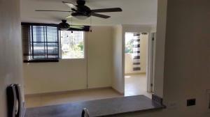 Apartamento En Venta En Panama, Rio Abajo, Panama, PA RAH: 16-1851
