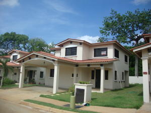 Casa En Alquiler En La Chorrera, Chorrera, Panama, PA RAH: 15-3656