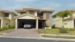 Apartamento En Venta En San Carlos, San Carlos, Panama, PA RAH: 16-2058
