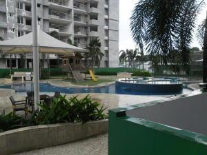 Apartamento En Venta En Panama, 12 De Octubre, Panama, PA RAH: 16-788