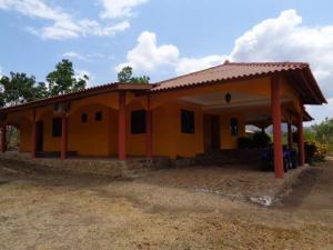 Terreno En Ventaen Cocle, Cocle, Panama, PA RAH: 16-2169