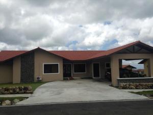 Casa En Venta En Boquete, Boquete, Panama, PA RAH: 16-2231