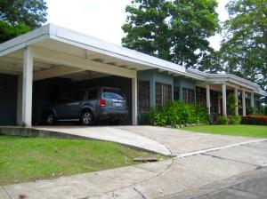Casa En Venta En Panama, Ancon, Panama, PA RAH: 16-2256