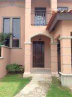 Casa En Venta En Panama, Versalles, Panama, PA RAH: 16-2350