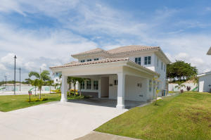 Casa En Alquiler En San Carlos, San Carlos, Panama, PA RAH: 16-2360