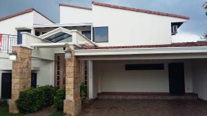 Casa En Alquiler En Panama, Altos De Betania, Panama, PA RAH: 16-2499