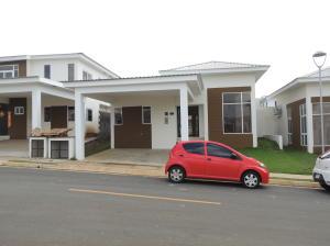 Casa En Venta En La Chorrera, Chorrera, Panama, PA RAH: 16-2516